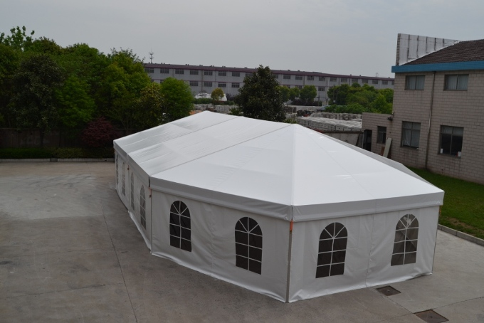10m Clear Span Aluminum Frame Combine Tent Installation